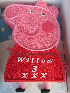 peppa pig cake buttercream icing - Google Search 1st Birthday Cakes, Twin Birthday, Little Girl Birthday, 4th Birthday Parties, Birthday Fun, Birthday Ideas, Peppa Pig, Chocolates, Pig Party