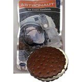 10 Vanilla Ice Cream Sandwich Astronaut Freeze Dried Space Food Novelty Set for sale online Skinny Cow, Ice Cream Mix, Space Food, Ice Cream Flavors, Ben And Jerrys, Freeze Drying, Gourmet Recipes, Sandwiches, Vanilla