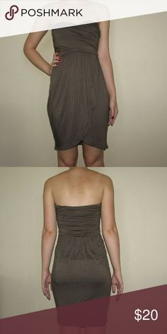 Brown Strapless Dress $$OBO$$ CLOSET CLEAR OUT! Taking all offers made using the button, I also give great deals on bundles, just ask! Note: I do not take offers $5 or less. Also I do not trade. Mai Tai Dresses Strapless