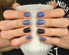 Amazing! Atlantis and Midnight in Manhattan! Color Street 100% Real Nail Polish Strips! #polishedpinkieshomefront #becolorstreet #becolorful #bebrilliant #manicure #nails
