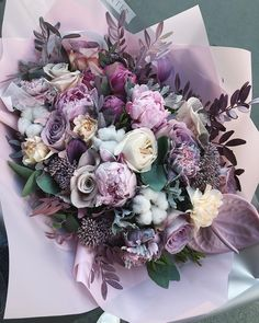 Лиловые сны 💜🦄 Beautiful Rose Flowers, Happy Flowers, Amazing Flowers, Fresh Flowers, Beautiful Flowers, Flower Packaging, Funeral Flowers, Different Flowers, Faux Flowers