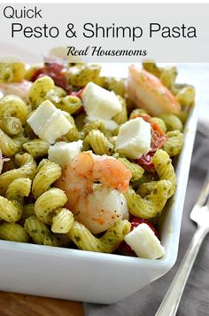 Quick Pesto and Shrimp Pasta--Delicious and fast! Cherry tomatoes are warmed and tossed with fresh mozzarella and the pasta to take this quick dish to the next level! Seafood Dishes, Pasta Dishes, Seafood Recipes, Cooking Recipes, Healthy Recipes, Dishes Recipes, Pesto Shrimp, Shrimp Pasta, Shrimp Salad