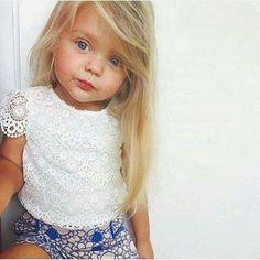 Kapsel Little Girl Fashion, My Little Girl, Toddler Fashion, Kids Fashion, Baby Kind, Baby Love, Beautiful Children, Beautiful Babies, Cute Kids