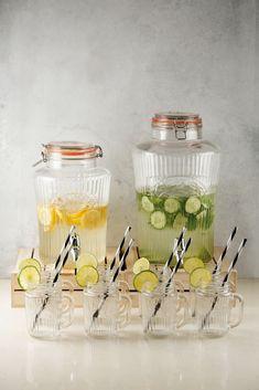 New shape Kilner Vintage Drinks Dispenser. Stylish ribbed effect glass, top quality dispenser. Top Drinks, Beverages, Kilner Jars, Mason Jars, Drink Dispenser, Vintage Clip, Party Accessories, Kitchen Storage, Drinking