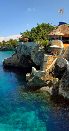 Negril, na Jamaica, Caribe, América Central. Vacation Places, Dream Vacations, Vacation Spots, Places To Travel, Travel Destinations, Beach Vacations, Places Around The World, Oh The Places You'll Go, Places To Visit