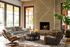 This Charming Country Oasis Overlooks a 50-Acre Park in the Heart of Dallas #dwell #countryliving #dallas #texas #designideas Modern Fireplace Decor, Brick Fireplace, River House, Desert Homes, Wood Patio, House 2, Living Spaces, Living Rooms, House Tours