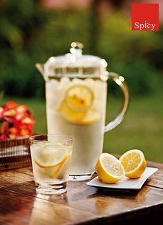 Elegante jarra da linha Simba, excelente para servir desde água até deliciosos sucos de maneira diferenciada! http://www.spicy.com.br/DetalheProduto.aspx?idProdutoSku=OKKZNEIW3M