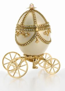 made by faberge | Faberge Eggs (The Best Collectible Antique)