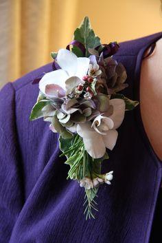 Flower Design Events: Season Christmas, Epaulette Corsage