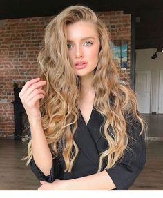 58 Chic Curly Hairstyles For Women 2019 short curly hairstyles, bob c. - 58 Chic Curly Hairstyles For Women 2019 short curly hairstyles, bob curly hairstyles, long curly hairstyles, curly hair styles naturally Short Curly Hair, Wavy Hair, Curly Ponytail, Girls With Blonde Hair, Blonde Curly Hair Natural, Natural Blonde Color, Long Blonde Curly Hair, Dark Blonde Hair, Medium Curly