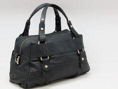 Messenger Bag, Satchel, Bags, Shopping, Fashion, Handbags, Moda, Fashion Styles, Fashion Illustrations