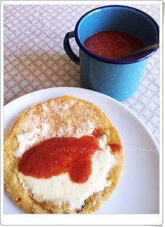 Salsita de jitomate con chiles de árbol para una quesadilla! #recipe #salsa