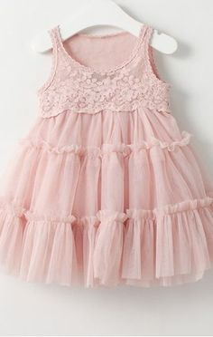 tiered tulle + lace <3