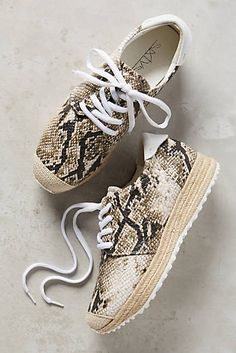 the latest d0d9f b6642 67 Collection Jurun Sneakers Adidas Sneakers, Shoes Sneakers, Sneakers  Fashion, Fashion Shoes,