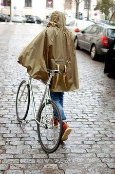Norwegian Rain, Rain Cape, Cycle Chic, Brompton, Cool Items, Cycling, Raincoat, Menswear, Bike