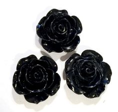 Black flower 15mm resin cabochon. For embellishing baby headbands, barefoot baby sandals & other DIY projects. Shabby roses, FOE, elastics & more available.