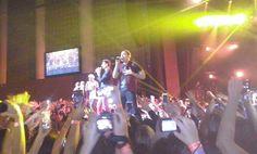 Backstreet Boys no Brasil: AJ ganha atenção (e o coração) das fãs em São Paulo