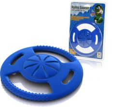 Hydro Saucer is a Dog Frisbee That Squirts Water! Cooling Dog Toy