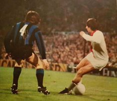 Ajax 2 Inter Milan 0 in May 1972 in Rotterdam. Johan Cruyff does his famous ball trick on Gabrielle Oriali in the European Cup Final.