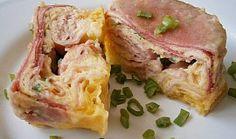 Smažený sýr z mikrovlnky, plněný tvarůžky a uzeninou Tuna, Sandwiches, Food And Drink, Low Carb, Treats, Fish, Diet, Low Carb Recipes, Sweet Like Candy