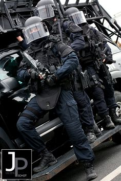 GIGN - Photo © Julien PICHOT