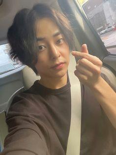 Welcome back xiumin 😊 keep healthy Photo Editing Vsco, Xiuchen, Young K, Have A Happy Day, Exo Xiumin, Kim Min Seok, Keeping Healthy, Exo Members, Taemin