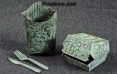 Food containers and cutleries said to be used by people of Three Kingdom era (220 - 280) at the end of the Han Dynasty