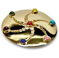 Gold healing amulet Shops, Healing, Brooch, Pattern, Gold, Jewelry, Tents, Jewlery, Schmuck