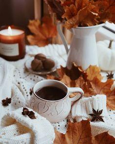 Fall Boards, Autumn Cozy, Autumn Aesthetic, Hello Autumn, Halloween Town, Autumn Inspiration, Happy Sunday, Four Seasons, Fall Recipes