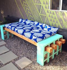 How To: Make a Stylish Outdoor Bench from Cinder Block! » Curbly   DIY Design Community