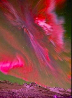 ✯ Red Aurora