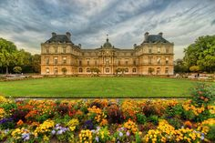 Got this shot of this lovely #garden in #Paris after a rain shower. from #treyratcliff at www.StuckInCustom... - all images Creative Commons Noncommercial