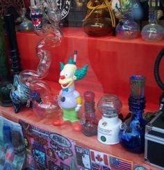 "Florida's ""Bong Ban"" Could End With Amendment 2  | CannaMagazine.com #Florida #Bongs #GlassAndVape #Glass #Vapes #Vaporizers #Smokesesh #SmokeIt #HighLife #CannaMag"