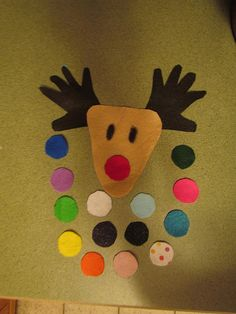 Felt pin the nose on the reindeer. Great game for toddlers!