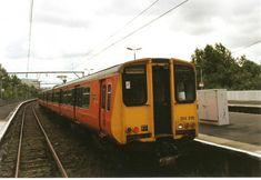 Scottish Region photos - UK Prototype Discussions (not questions! British Rail, Old Trains, Train Pictures, Diesel Locomotive, Glasgow, Great Britain, 1980s, Travel Destinations, The Unit