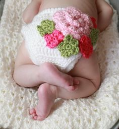 Crochet diaper cover- so pretty!  Dolce Bambino Designs by Christine on Facebook