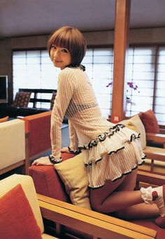You ALMOST had it, Mariko-sama, let me show you one more time the proper way to sit in a chair : )