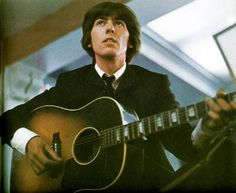 George Harrison guitar 4 - The Beatles Photo - Fanpop Paul Mccartney, Les Beatles, John Lennon Beatles, Hello Beatles, Great Bands, Cool Bands, Carrie, George Harrison Young, Happy Birthday George