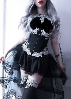 New skirt black outfit gothic lolita ideas Mode Outfits, Dress Outfits, Fashion Dresses, Dress Up, Fashion Clothes, Latex Fashion, Women's Dresses, Dresses Online, Pretty Dresses