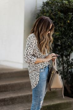 5 Ways to Style a Leopard Print Blouse (The Teacher Diva) Blusas Animal Print, Animal Print Blouse, Beautiful Outfits, Cool Outfits, Fashion Outfits, Trendy Outfits, Girly Outfits, Fashion Clothes, Basic Outfits