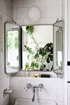 love that vintage bathroom mirror! / Moon to Moon: Creating a Relaxing Bohemian … love that vintage bathroom mirror! / Moon to Moon: Creating a Relaxing Bohemian Bathroom Scandinavian Home, Small Bathroom, Bathrooms Remodel, Industrial Bathroom, Bathroom Decor, Interior, Bohemian Bathroom, Bathroom Design, My Scandinavian Home
