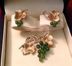 RARE Vintage Krementz Jade Grape Leaves Brooch by FancyThatBlingCo