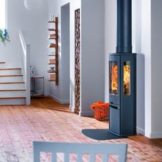 Kernow Fires Contura 750 in a new build wood burning stove installation in Cornwall. Stove Installation, Inset Stoves, Wood, Home, Howdens Kitchens, Interior, Freestanding Stove, Outdoor Rooms, Wood Burning Stove