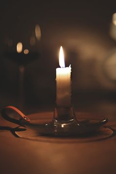 Candles are often lit at the priest's arrival. It is Christ who is the Light of the World and by lighting the candles it shows Christ is present. Candle In The Wind, Candle Magic, Brown Aesthetic, Candle Lanterns, Candle Lighting, Bokeh, Hygge, Light Up, White Light
