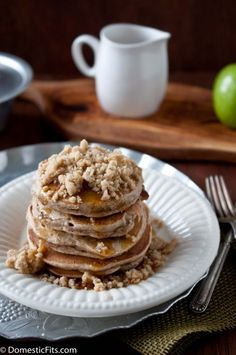 Apple Streusel Pancakes by Domestic Fits    http://domesticfits.com/2013/02/11/apple-streusel-pancakes/#
