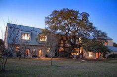 Blanco Residence-Jackson & McElhaney Architects-01-1 Kindesign...barn conversion