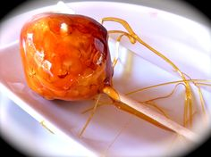 Chupa-chups de queso de cabra con caramelo Cake Pops, Appetizer Recipes, Appetizers, Cheese Tasting, Biscuits, Spanish Tapas, Sweet Pastries, Mini Foods, Quick Snacks
