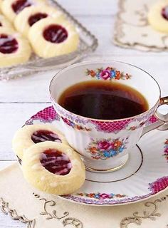 Easy and delicious-looking biscuits recipe idea for your tea party! Raspberry Almond Shortbread Thumbprint Cookies I dulcedough Tea Cakes, Cupcake Cakes, Cookie Recipes, Dessert Recipes, Tea Party Desserts, Baking Desserts, Health Desserts, Food For Tea Party, Tea Party Recipes