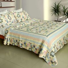 Halcyon Harmony Quilt Set (Full/Queen Size)