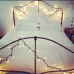 doing this. as soon as i get a nice bedframe ..